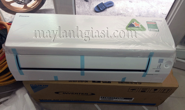 may lanh daikin ftkc-tvmv
